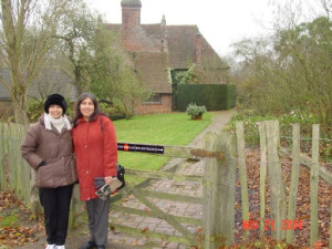 UK_Nov2004_018--Rochelle and Cheryl at Sissinghurst Gardens